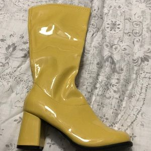 GoGo Yellow Boots
